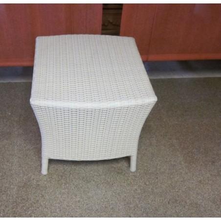 Tavolino Sipadan Tanjaya White Wash in alluminio e fibra 50x45x45 H